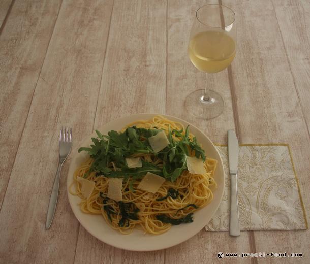 ספגטי רוקט צ'ילי ולימון