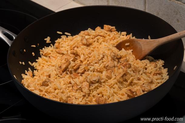 אורז עם חזה עוף